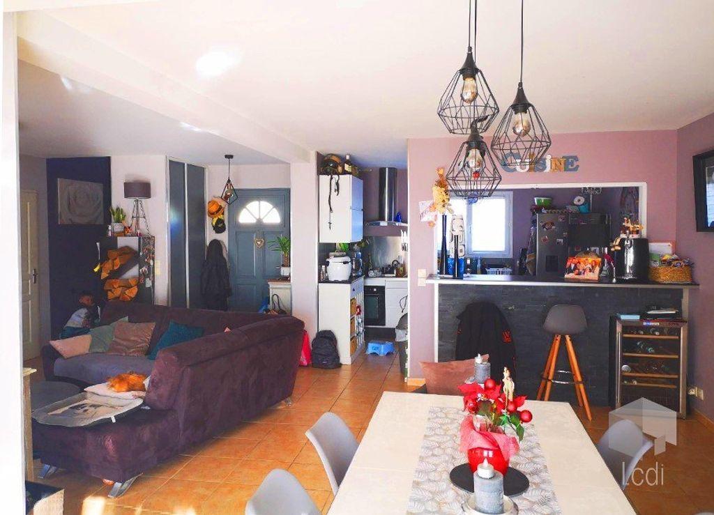 Achat maison 3chambres 106m² - Savasse