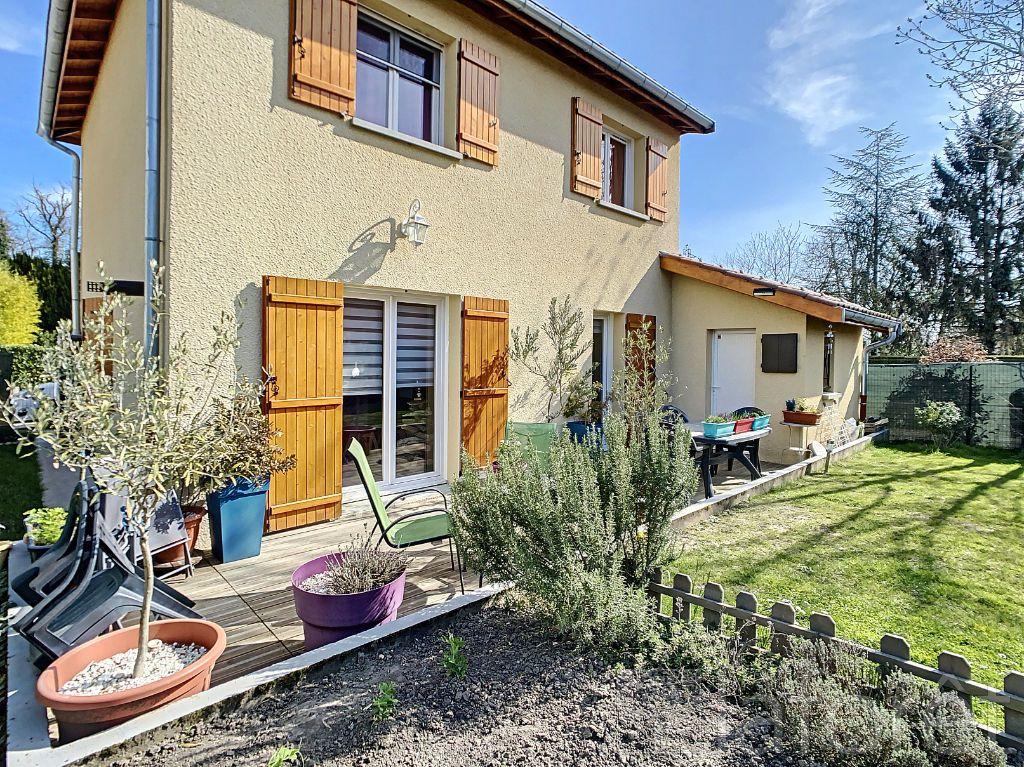 Achat maison 3chambres 90m² - La Chapelle-du-Châtelard