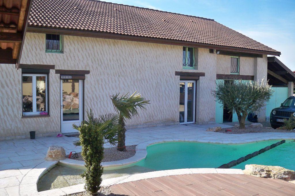 Achat maison 4chambres 214m² - Péronnas