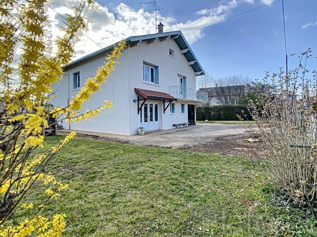 Achat maison 3chambres 153m² - Neuville-les-Dames