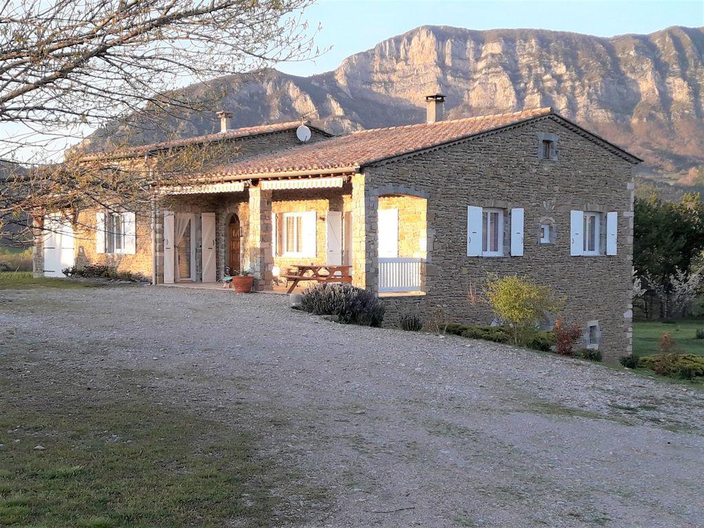 Achat maison 3chambres 216m² - Francillon-sur-Roubion