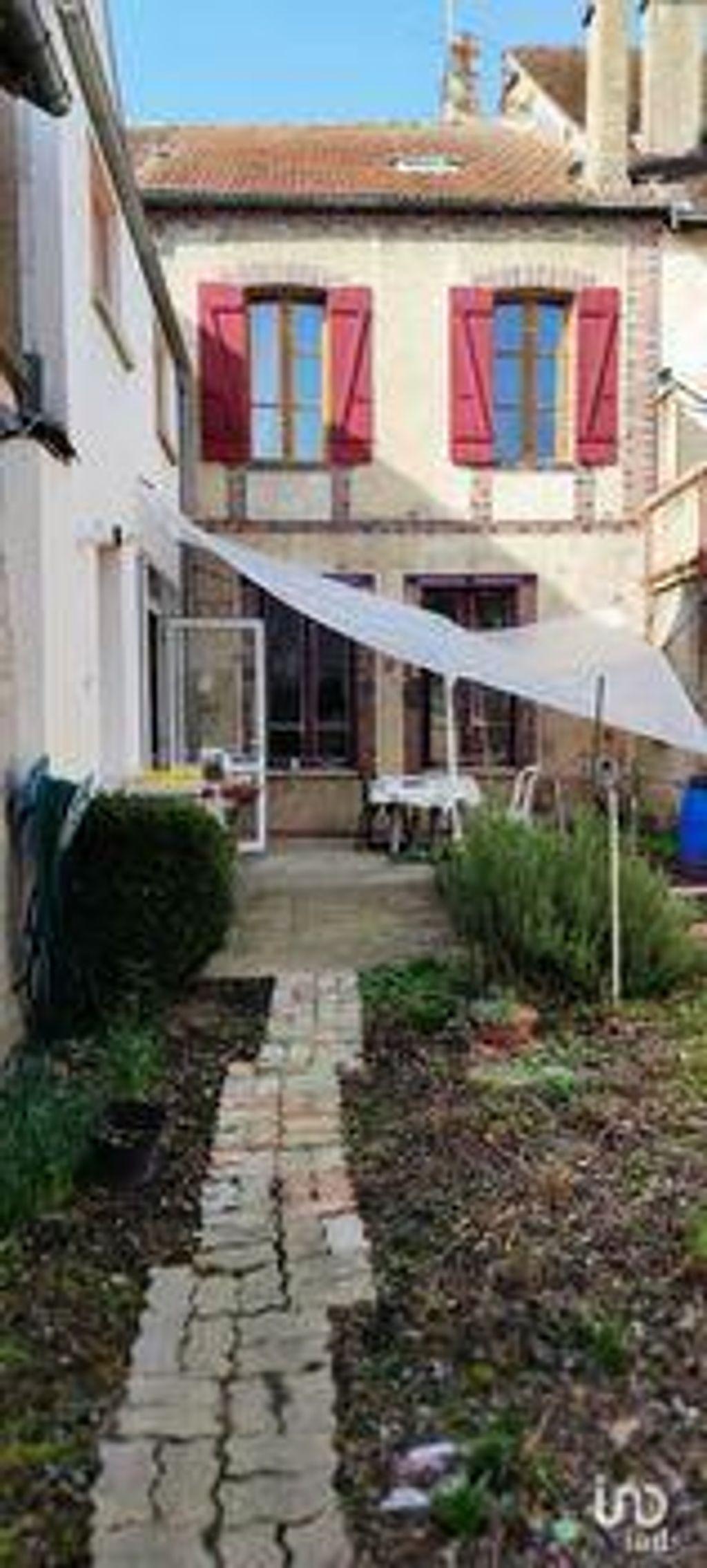 Achat maison 5chambres 220m² - Villeneuve-sur-Yonne