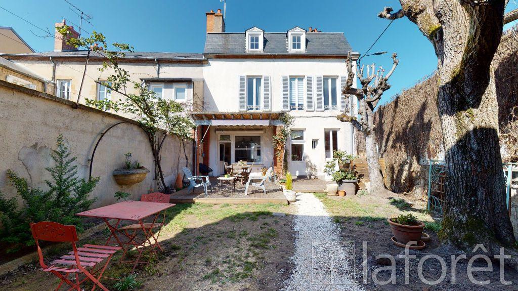 Achat maison 6chambres 216m² - Moulins
