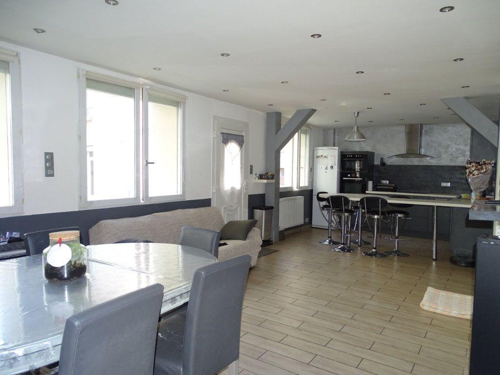 Achat appartement 6pièces 142m² - Saint-Étienne