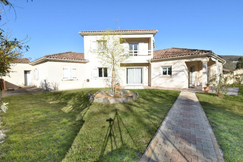 Achat maison 5chambres 148m² - Saint-Michel-sur-Savasse