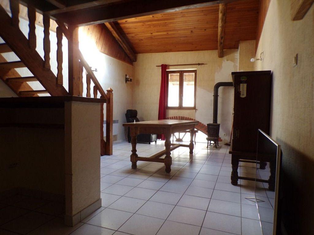 Achat maison 2chambres 117m² - Hautecourt-Romanèche