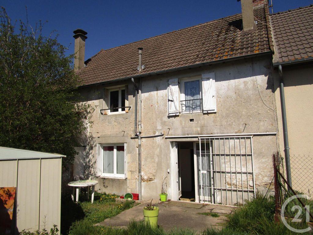 Achat maison 2chambres 82m² - Saint-Pierre-le-Moûtier