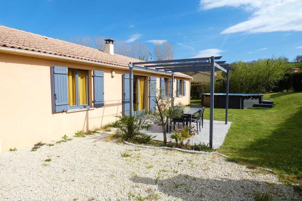 Achat maison 4chambres 105m² - Saint-Barthélemy-de-Vals