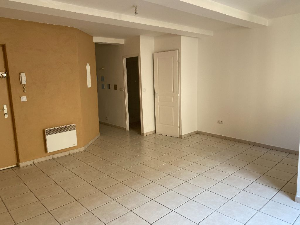 Achat appartement 3 pièce(s) Beaucaire