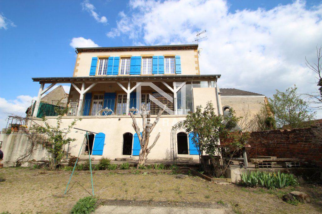 Achat maison 5chambres 210m² - Pierrefitte-sur-Loire