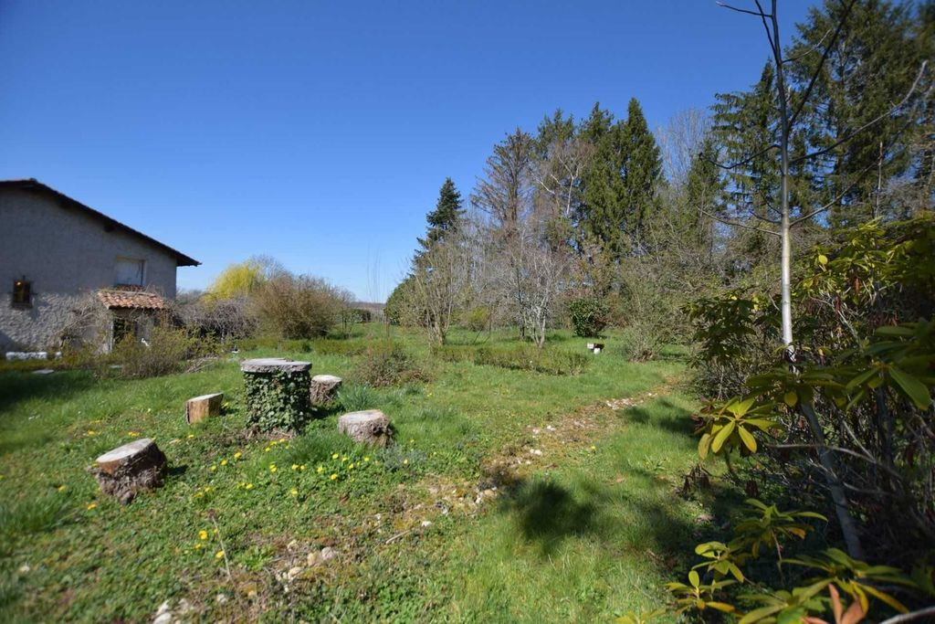 Achat maison 4chambres 220m² - Priay