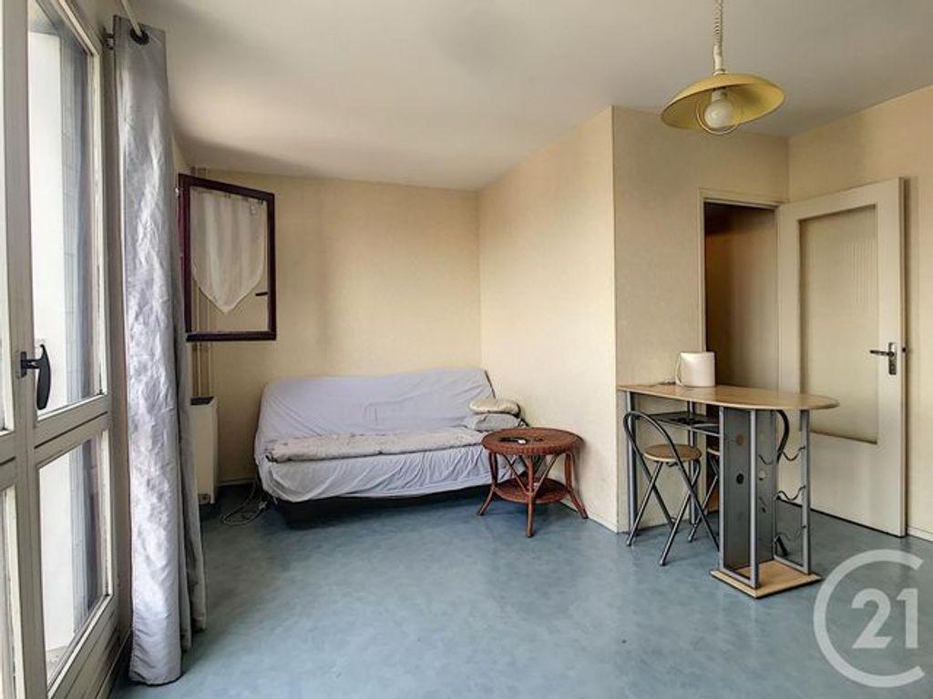 Achat appartement 1 pièce(s) Saint-Julien-les-Villas