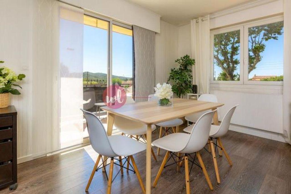 Magnifique Duplex De 112m2 Avec Une Terrasse De 30m2 Leggett Maison A Vendre En Ile De France Vente De Maisons