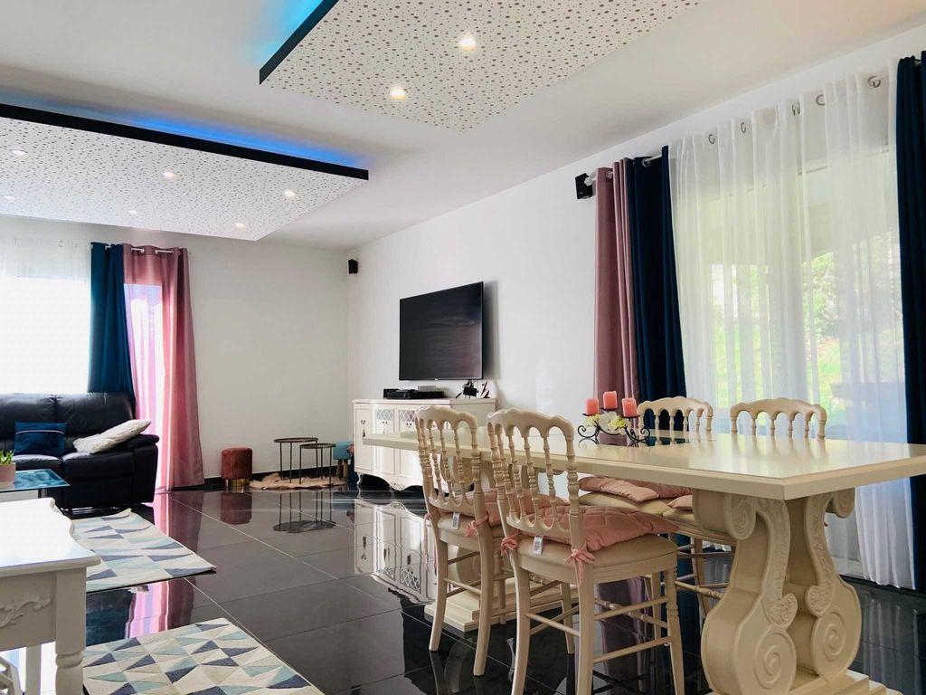 Achat maison 4chambres 131m² - Bourg-en-Bresse