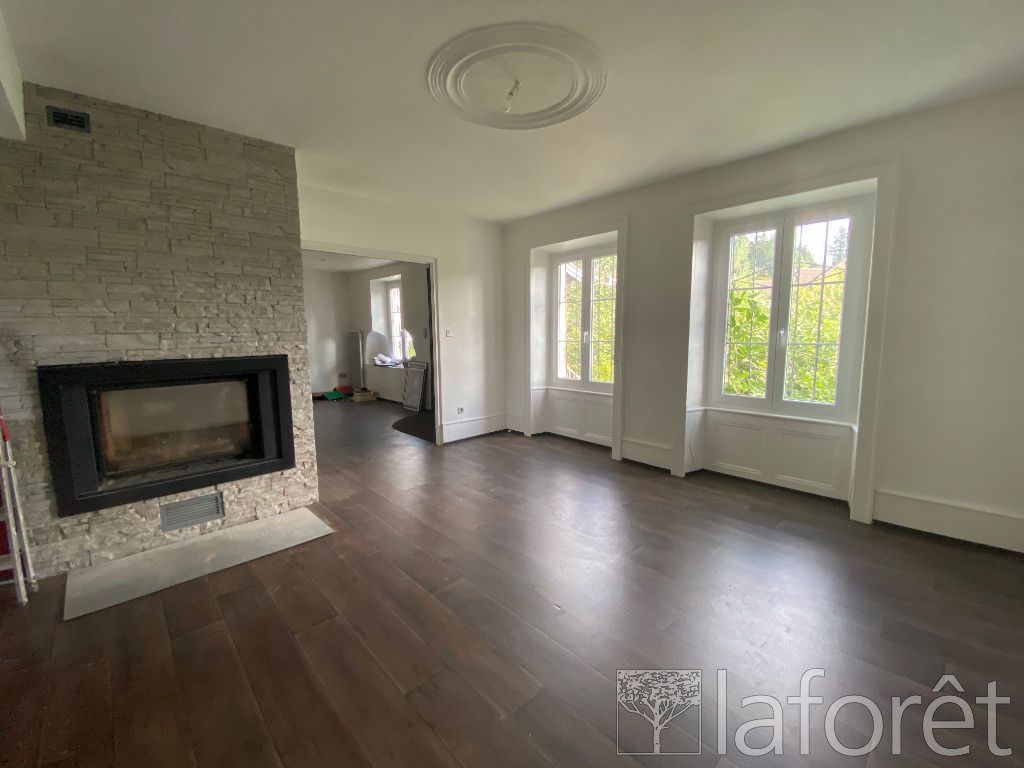 Achat maison 4chambres 143m² - Dung